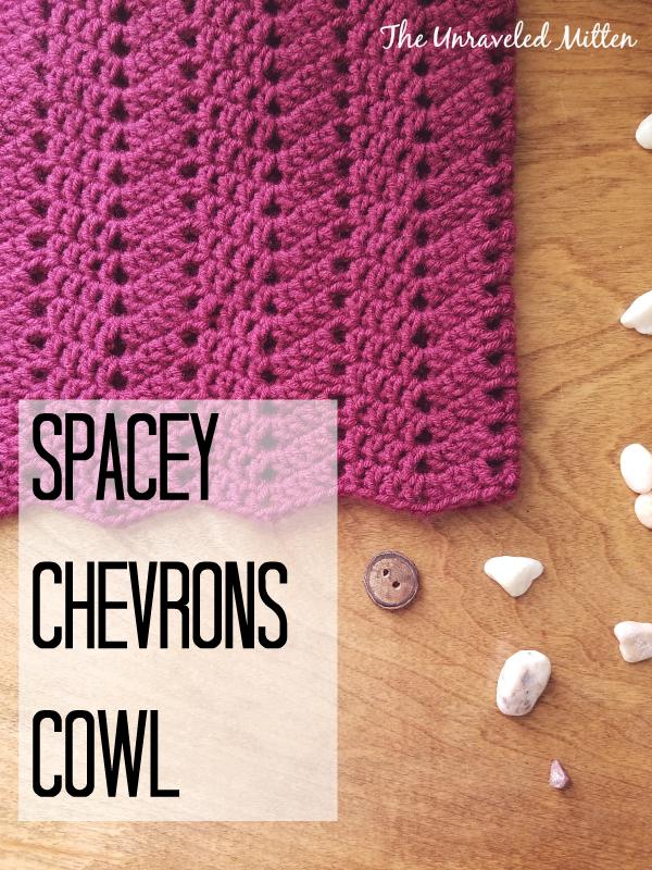chevron cowl free crochet pattern