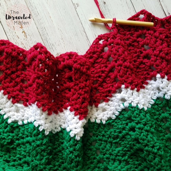 Merry and Bright Crochet Throw   Crochet Pattern   The Unraveled Mitten