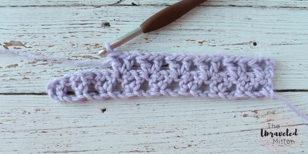 offset v stitch crochet tutorial row 2