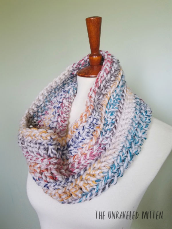 9 Free Crochet Patterns using Wool-Ease Thick and Quick in Hudson Bay   Oakland Chunky Cowl   part of a round up The Unraveled Mitten