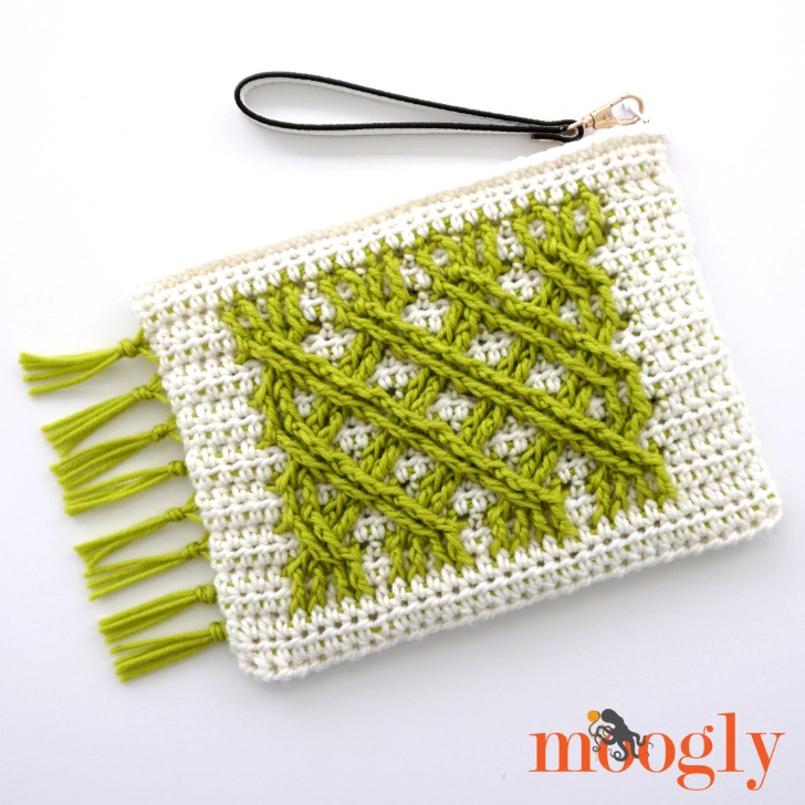 Irish Fling Clutch by Moogly | Free Crochet Pattern | part of a round up on The Unraveled Mitten