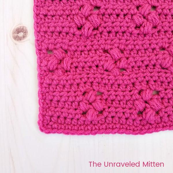 Tiny Flower Crochet Stitch Tutorial | The Unraveled MItten