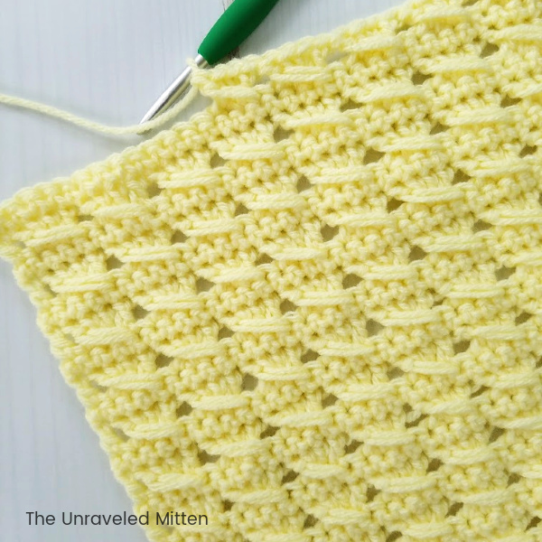 Crossed Cable Stitch | Crochet Tutorial | The Unraveled Mitten