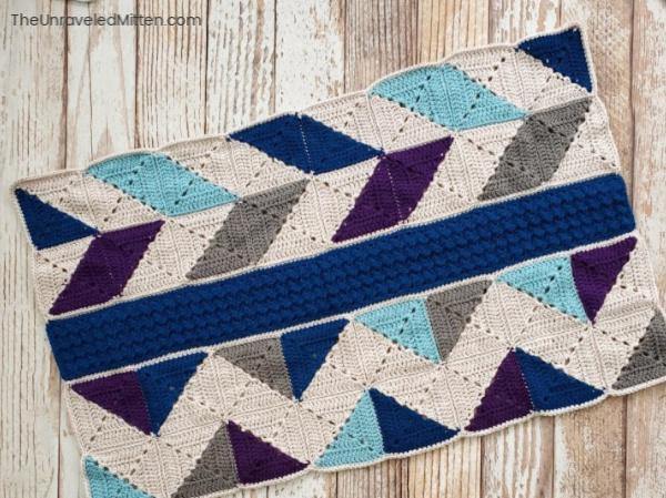 Winter Waves Throw Blanket Crochet Along | The Unraveled Mitten